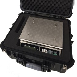 Tor Rey LPC-40L Computing Scale and Carry Case Bundle